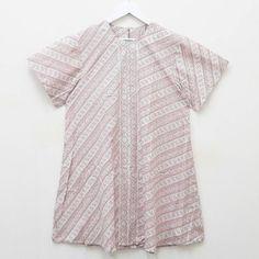 Dress Jumbo Bahan: katun proses batik cap ukuran: allsize - ld: 104 cm - panjang : 94 cm harga : 215 ribu Serious order: Line : @vwz8296z WA : 085643288400 #batik #jualanbatik #dressbatik #dress #kainbatik #batikmurah #batikjogja #batiksolo #jumatbatik #batikunik #bajubatik #batikcap #batiktulis #jumputan #emboss #kelengan #garutan #belibatik #batikpremium #hembatik #rokbatik #batikeksklusif #kulotbatik #jumpsuit #jumpsuitbatik #batikkece #batikunik #batikrare #celanakulot #kulotbatik…