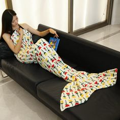 Stylish Simple Flowers Pattern Mermaid Tail Style Casual Soft Blanket