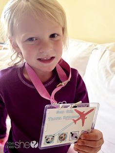 Good Girl Travel Rewards system, a DIY rewards kid for your child while traveling on a plane. SO SMART!