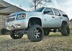 Chevy Lifted Chevy Tahoe, Chevy Duramax, Chevrolet Tahoe, 4x4 Trucks, Lifted Trucks, Cool Trucks, Chevy Trucks, Suv 4x4, Jeep Suv
