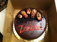Our cake for the season finale party of The Walking Dead, can't wait for the next season