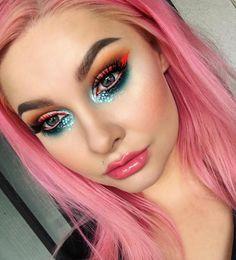 Cotton candy sparkle princess @alyssamarieartistry wears #sugarpill Mochi and CandyCrush eyeshadows! Shop: https://sugarpill.com/collections/pressed-eyeshadows