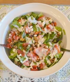 Quick Strawberry Spring Salad #Spring #Lunch #Delicious #Recipes #Veggies