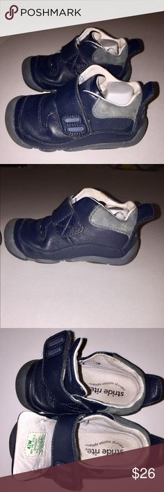 Stride Rite 4 1/2 Wide Stage 2 Baby/Toddler Shoe The Sky is made for that adorable stage in between crawling and walking. Enhanced with our ultra-comfortable Natural Motion System™, these little shoes are packed with features to help babies make the transition from crawling to walking. A contoured landing lends stability and balance, while innovative flex grooves help babies keep their balance. And just for moms, there's a new hourglass shape that make it easier to slide shoes onto those…