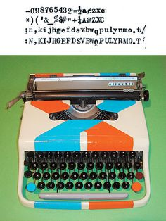 Super rad typewriter. Oh, just so you know, I am obsessed with old typewriters.