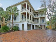 Search all available Isle of Palms Homes For Sale & Real Estate at www.FindingCharlestonAHome.com