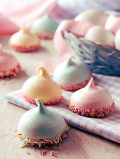 Meringues + Sprinkles
