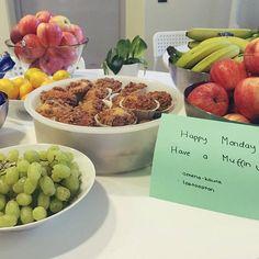 Uuuteen viikkoon ja maanantaimasistelusta ei tietoakaan! #maanantaiherkku #officelife #happymonday #muffins 😍😊