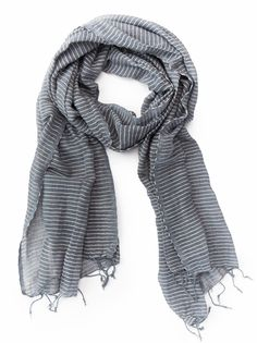 Medium weight gunmetal grey scarf with textured stripes from @livefashionable. I have a similar one and live in it.