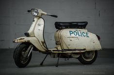 GP SET OF SIDE PANEL STRIPES IN GREY DL LAMBRETTA SCOOTERS SUITABLE FOR GP