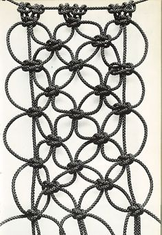 textileandtrim: From a vintage macrame book.