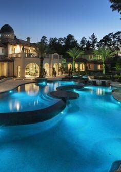 #luxury #pool #piscina #lusso | #LuxuryEstate