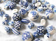 blue and white beads - Поиск в Google