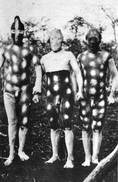 Costumes for Hain, Selk'nam (original Patagonian population) male initiation Patagonia, Australian Aboriginals, Melbourne Museum, Latina, Aboriginal People, Vintage Classics, African Tribes, African Culture, Native American History