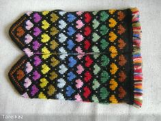 Sticka sockor – steg för steg – Fitt F Fingerless Mittens, Knit Mittens, Wrist Warmers, Hand Warmers, How To Purl Knit, Tatting, Knit Crochet, Knitting Patterns, Gloves