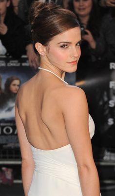 Emma Watson looking ever so glamorous at the UK Noah Premier