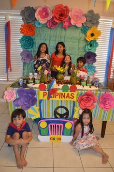 Fiesta Party Decorations, Fiesta Theme Party, Party Themes, Party Ideas, Paskong Pinoy, 5th Birthday, Birthday Parties, Filipino Girl, Culture Day
