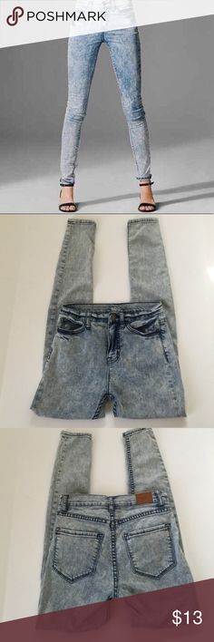 "BDG High Rise Twig Ankle Acid wash Size: 25w-29L Measurements Please be sure item measurements provided match your personal  body size measurements to ensure item fits you. Waist:   26""    ~          Inseam: 29""        ~          Rise: 10""  Check out my other items!   Thank you for visiting my store and have a nice day! BDG Jeans Skinny"