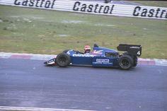Mike Thackwell - Tyrrell 012 Ford Cosworth DFY - Tyrrell Racing Organisation - Nürburgring Formel 1 Testfahrten 1984 - © Dieter Gerhards