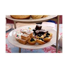 My Tea Party Bridal Shower ❤ liked on Polyvore featuring backgrounds and food