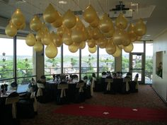 """Hollywood themed party with """"champagne bubbles"""""""