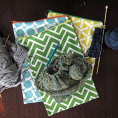 Floating On Cloud9: GeoCentric Week :: Knitting Project Bags Tutorial - could make it shorter for most of my crochet projects