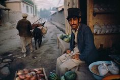 Beautiful Photography by Steve McCurry | Cruzine