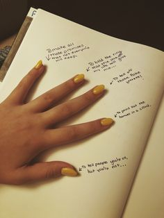 5 fingers for a reason - Trend Girl Quotes 2020 Bullet Journal Ideas Pages, Bullet Journal Inspiration, Mood Quotes, Poetry Quotes, Drawing Quotes, Journal Quotes, Cute Quotes, Inspirational Quotes, Thoughts