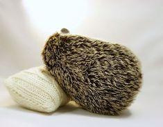 Needle felted hedgehog MADE TO ORDER  Needle di SvetlanaToys