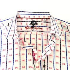 Robert Graham Shirt Red White L or Short Sleeve Cotton Geometric Print New Robert Graham, Casual Shirts, Red And White, Sleeve, Cotton, Clothes, Manga, Outfits, Clothing