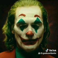Evil Batman from the Dark Multiverse are terrorizing our universe! Let's take a look at the DARK NIGHTS: METAL statues for each of the Dark Knights. Joker Full Movie, Joker Film, Joker Comic, Joker Art, Der Joker, Heath Ledger Joker, Evil Batman, Joker Batman, Hahaha Joker