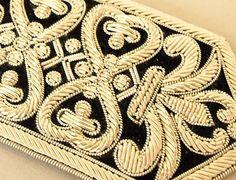 Особенности продукта - Индийский вышитый бисером отделка | Наследие Trading - индийские шали и шарфы: шерстяные шали вышитые, пашмины шали обруча, Пейсли шарф, Кашмира Jamawar Шали