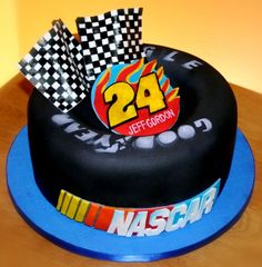 NASCAR Jeff Gordon tire cake! I want this for my Birthday!