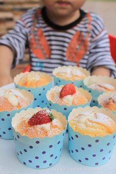 GoodyFoodies: I baked: Hokkaido chiffon cupcake Cupcake Recipes, Cupcake Cakes, Dessert Recipes, Cup Cakes, Keto Recipes, Easy Cakes To Make, How To Make Cake, Hokkaido Cake, Castella Cake Recipe