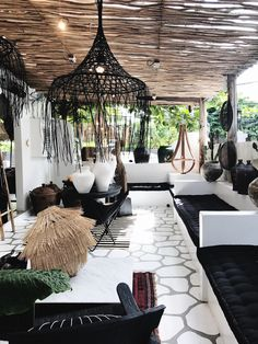 porches cozy home Cozy Boho Living Room Decor Ideas - Villa Design, Terrace Design, Home Design, Interior Design, Deck Design, Design Ideas, Landscape Design, Outdoor Rooms, Outdoor Living