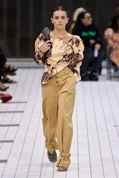Rejina Pyo, Vogue Australia, Fashion Show Collection, Catwalk, Spring Fashion, Ready To Wear, Khaki Pants, Runway, Trousers