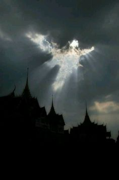 Angel in the clouds angels