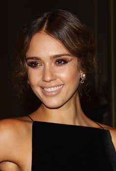 Jessica Alba in glittery eyeshadow