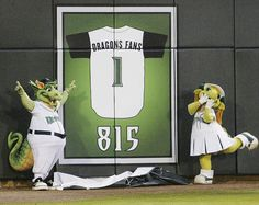 The Dayton Dragons celebrated an all-time sellout record during the 2011 season. Love us some Dragons baseball :)