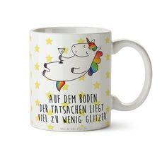 Tasse Einhorn Cocktail aus Keramik  Weiß - Das Original von Mr. & Mrs. Panda.  Eine wunderschöne Keramiktasse aus dem Hause Mr. & Mrs. Panda, liebevoll verziert mit handentworfenen Sprüchen, Motiven und Zeichnungen. Unsere Tassen sind immer ein besonders liebevolles und einzigartiges Geschenk. Jede Tasse wird von Mrs. Panda entworfen und in liebevoller Arbeit in unserer Manufaktur in Norddeutschland gefertigt.    Über unser Motiv Einhorn Cocktail  Ein wunderschönes Einhorn aus der Mr. & Mrs…