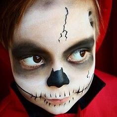 Face Painting in Greenpoint, Williamsburg, Long Island City, Astoria, Sunnyside. Book a Face Painter for your next birthday party Long Island City, Halloween Face Makeup, Skull, Nyc, Painting, Painting Art, Paintings, Painted Canvas, New York