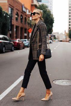 Fashion jackson a perfect plaid blazer from abercrombie 100 fashion outfits to 2017 ideas fashion fashiondresses fashionoutfits ideas outfits Office Outfits, Mode Outfits, Fall Outfits, Fashion Outfits, Womens Fashion, Fashion Trends, Blazer Fashion, Office Attire, Chic Outfits