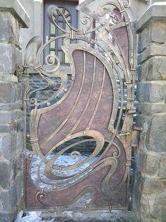 magnifique porte forgé style Art nouveau