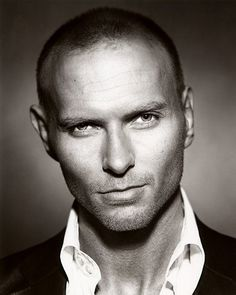 Luke Goss. That sexy voice and eyes!