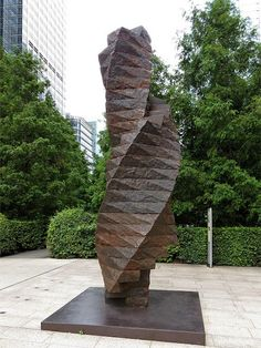 """""""Torsion II"""" by Charles Hadcock, Reuters Plaza, Canary Wharf, London Sculpture Art, Sculptures, Daily Photo, London, Wood, Pictures, Photos, Woodwind Instrument, Timber Wood"""