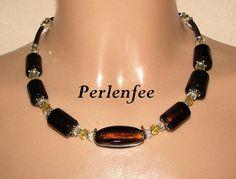 K 1205 - Perlenkette - bombastic by perlenfee,  Große braune Glasperlen mit Silberfoil in zwei Formen kombiniert mit goldfarbenen Metallzwischenstücken, ...
