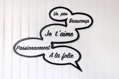 """Panneau """"Je t'aime, un peu, beaucoup, passionnément, à la folie"""" entièrement fait main, style BD - fully handmade sign """"I love you"""" - comics de la boutique FrenchyVintageStore sur Etsy"""