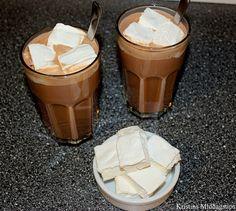Varm sjokolade med hjemmelagede marshmallows
