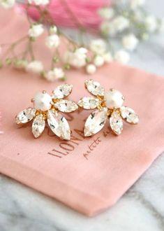 Buy Now Pearl Earrings Bridal Pearl Earrings Bridal Swarovski. Swarovski Crystal Earrings, Pearl Stud Earrings, Pearl Studs, Swarovski Pearls, Bridal Bracelet, Bridal Earrings, Bridal Jewelry, Jewelry Gifts, Bridesmaid Earrings