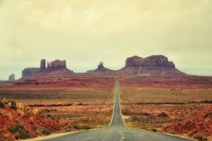 monument valley guide - monument valley tour - forrest gump point